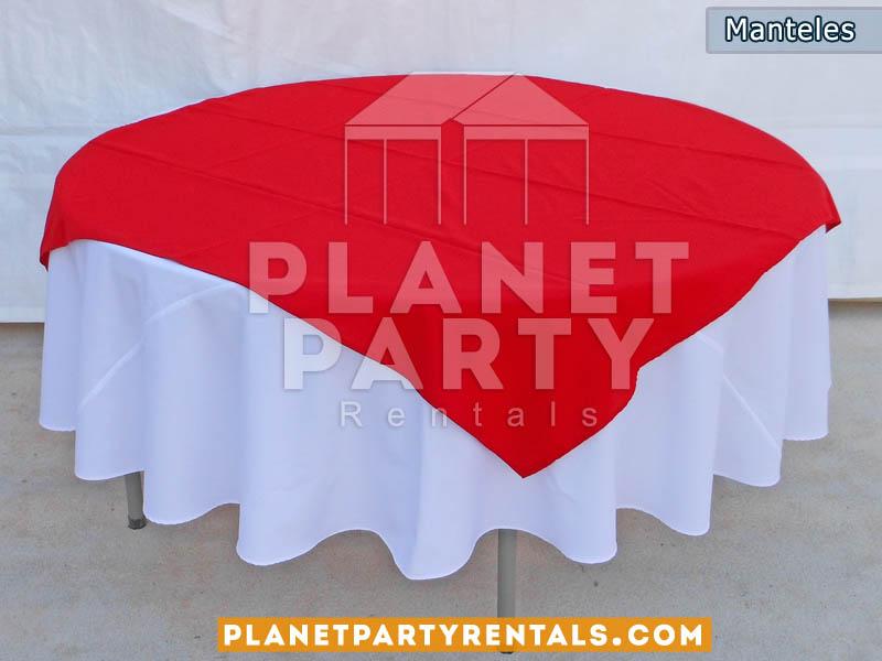 mesa redonda con mantel y diamante para rentar